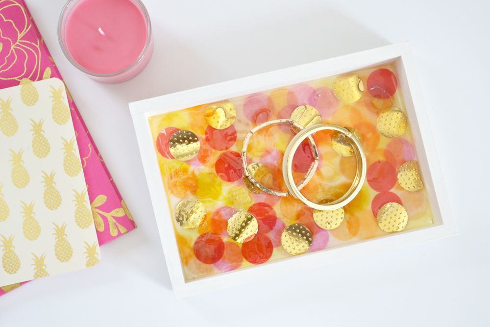 Resin jewelry tray