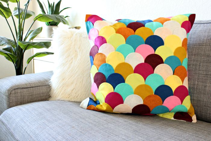 Scallop pillow diy