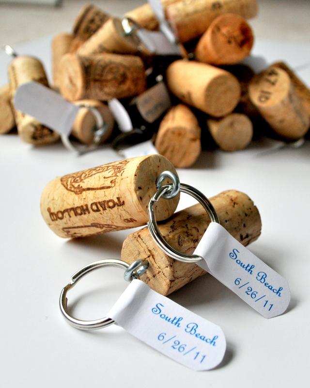 Wine cork keychains diy