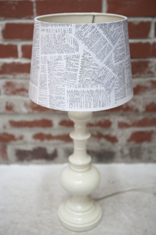 Wordy lampshade diy