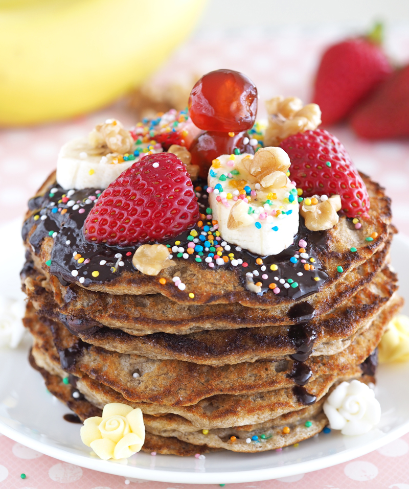 Banana split pancakes recipe