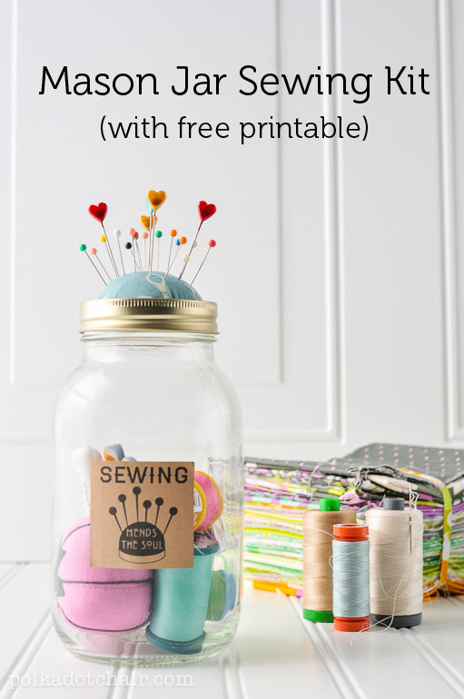 Mason jar sewing kit diy