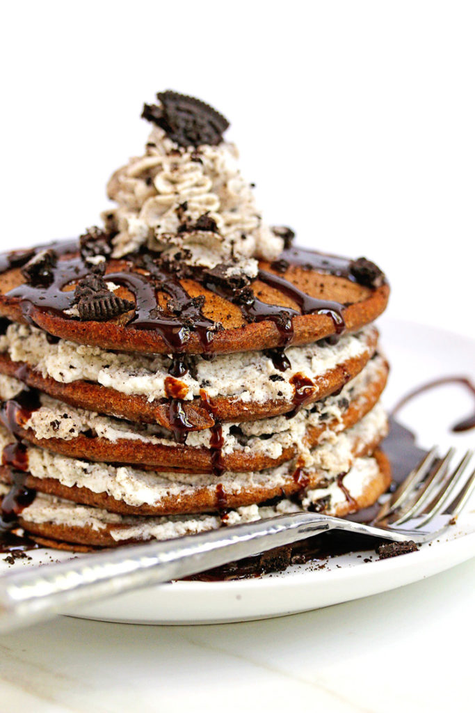 Oreo pancakes cookies and cream pancakes