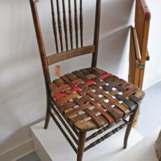 Belt chair seat