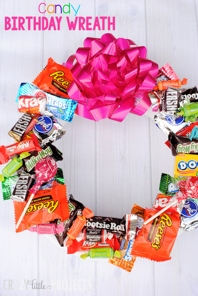 Candy bar wreath diy