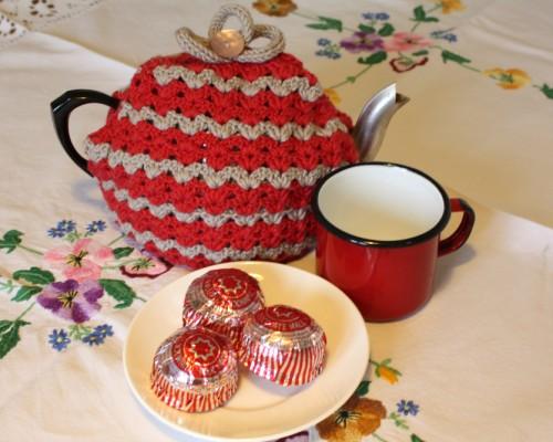 Caravan tea cozy