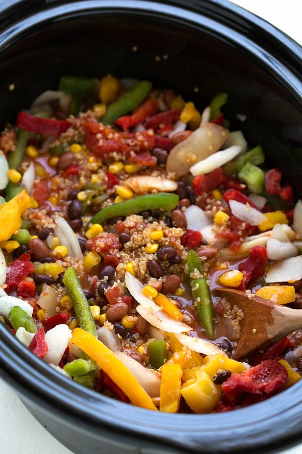 Crockpot southwest quinoa and veggies2