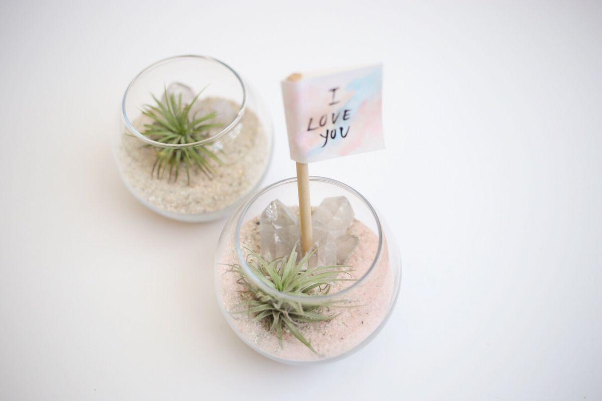 Diy crystal quartz planter