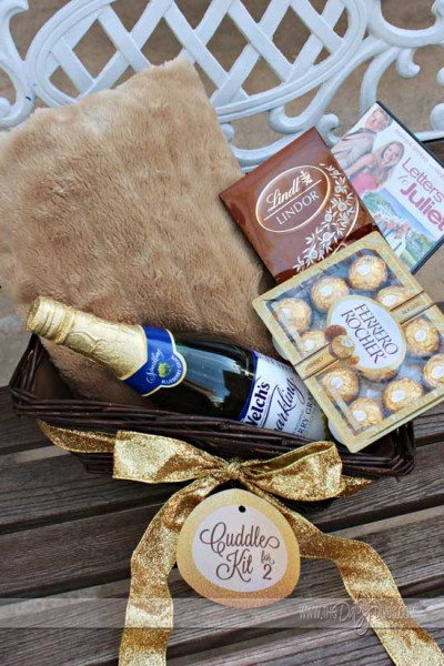 Diy cuddle for two gift basket