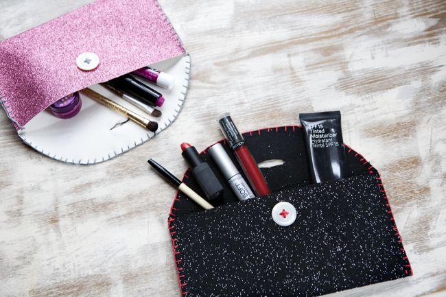 Diy felt makeup brush holders