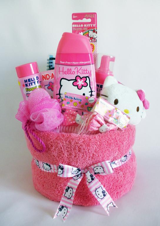 50 diy gift baskets to inspire all kinds of gifts diy hello kitty gift basket solutioingenieria Images