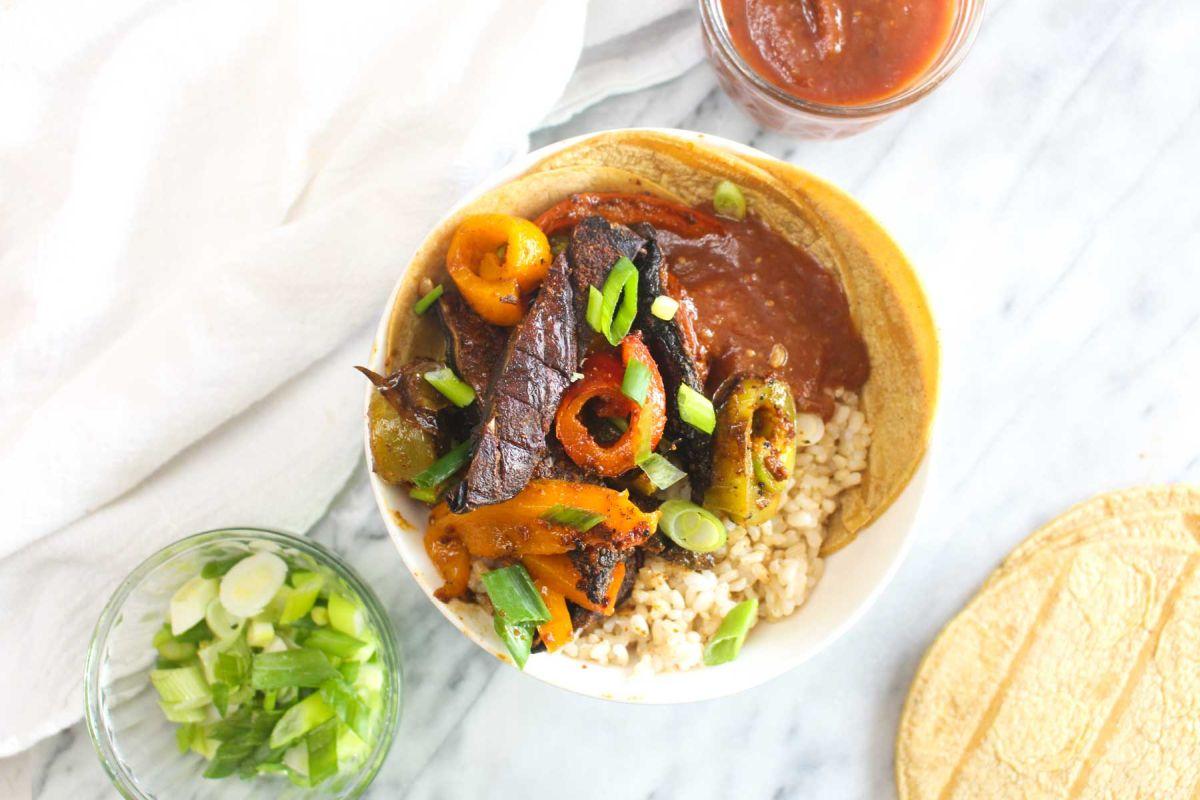 Grilled veggie fajita bowls