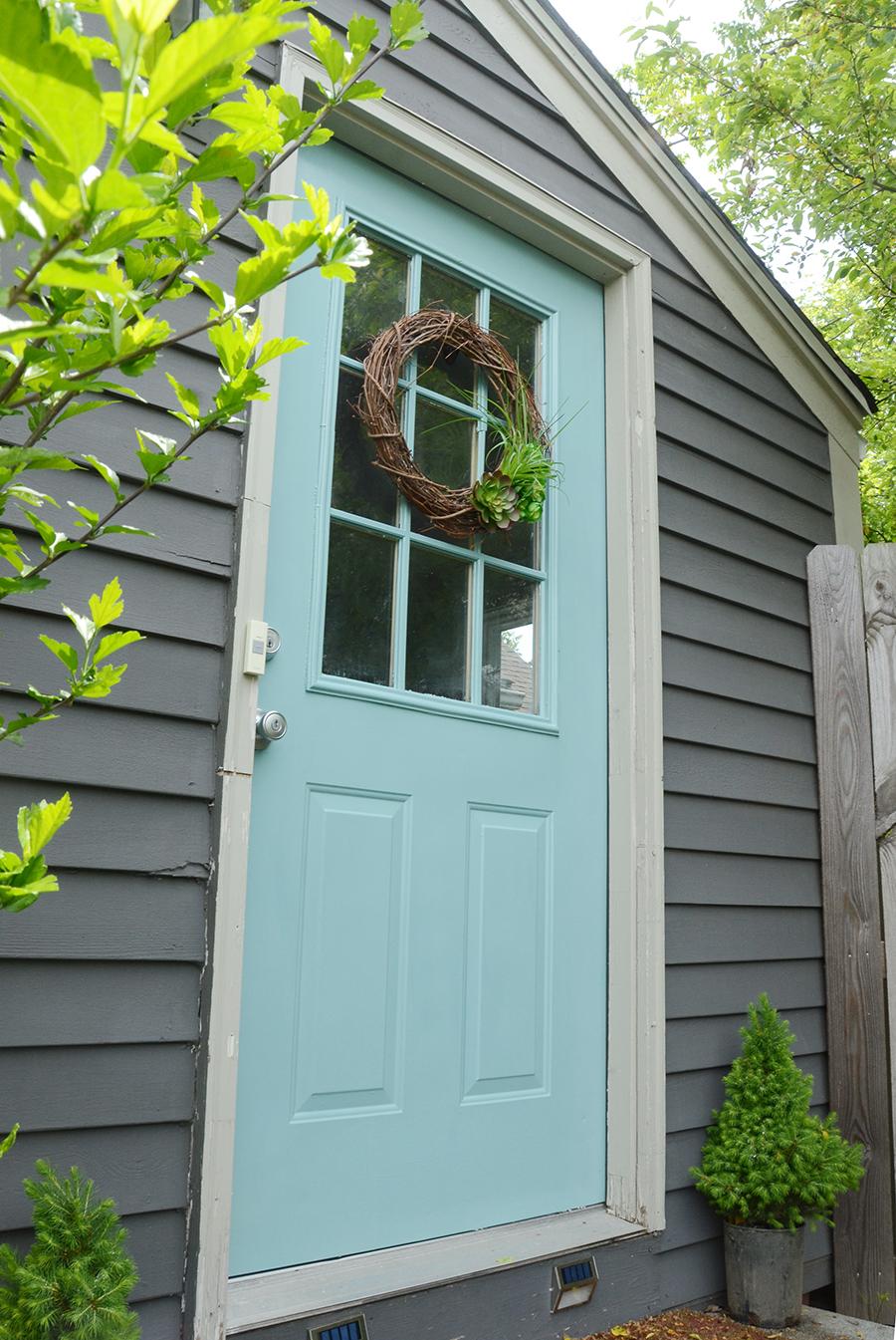How to paint an exterior door fresh color