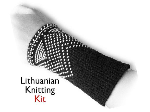 Lithuanian beaded knitting