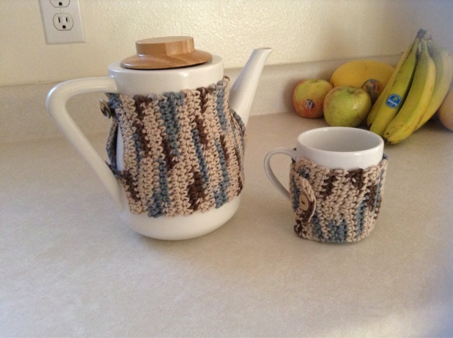 Noble teapot wrap