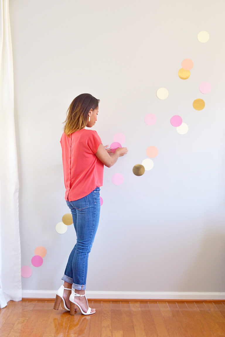 Party confetti wall circle cutter