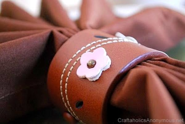 Stunning leather napkin ring