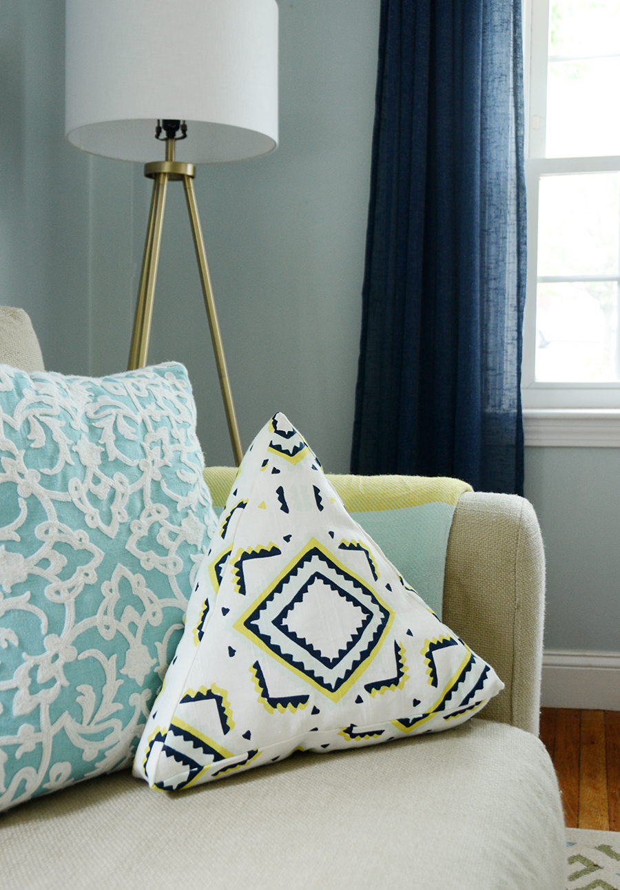 Easy DIY Triangular Throw Pillow