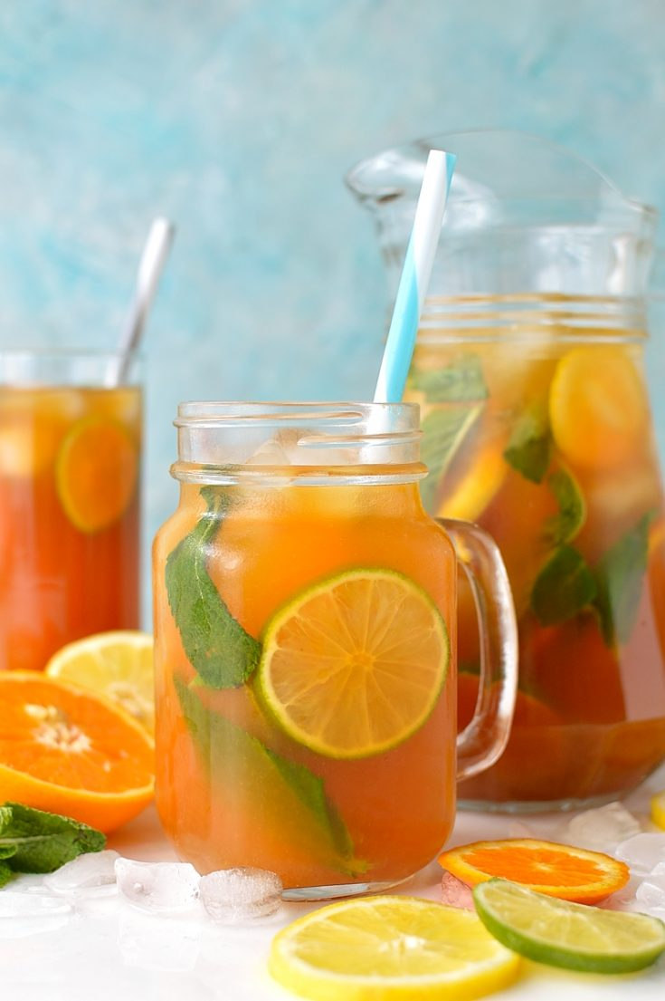 Citrus and mint iced tea - a zingy, refreshing drink that will cool you down and perk you up on hot days.