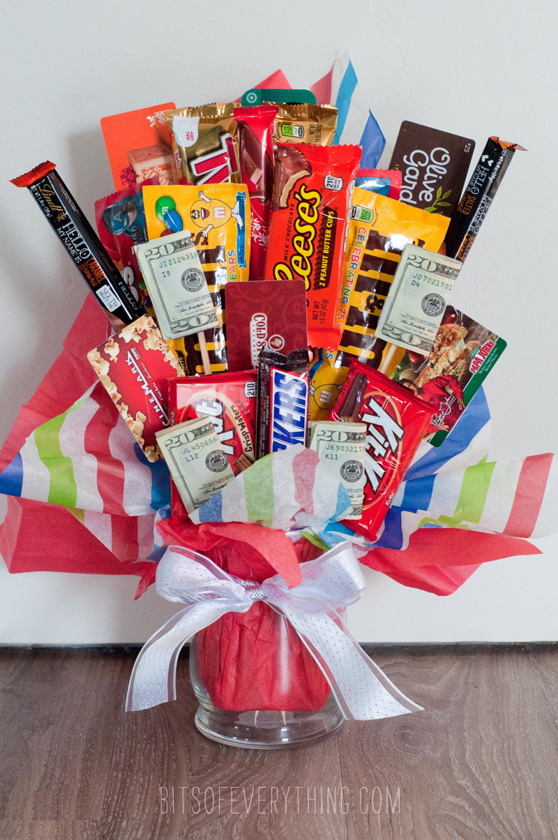 Diy candy bar and cash bouquet