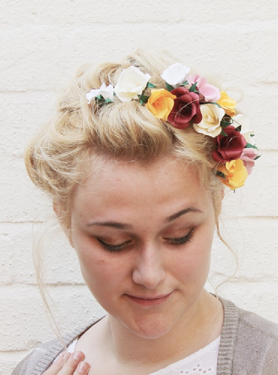 Diy flower hair accessory