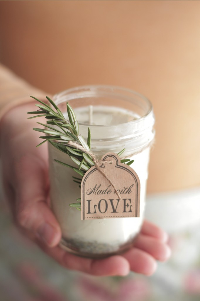 Diy natural lavender and rose candle