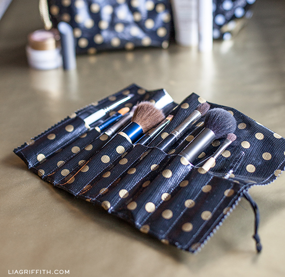 Diy oilcloth roll up bag