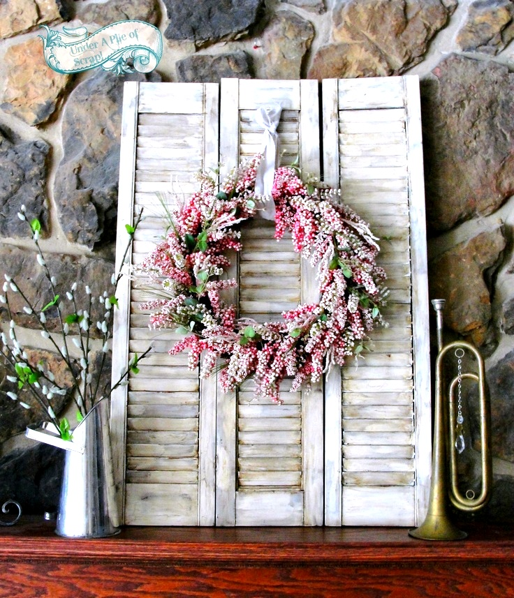 Diy shutters wreath decor