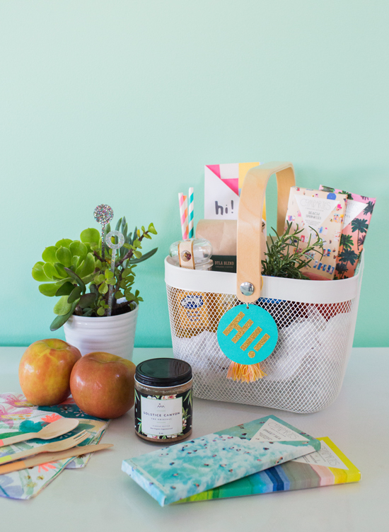 Diy welcome neighbor gift