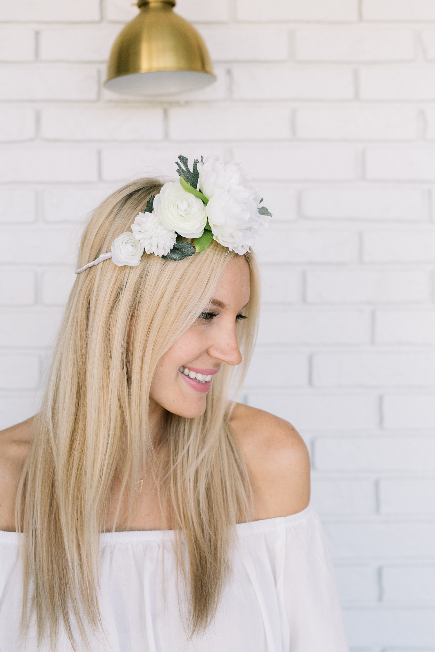 These 50 diy flower crowns will make all your fairy tales come true diy white flower crown izmirmasajfo