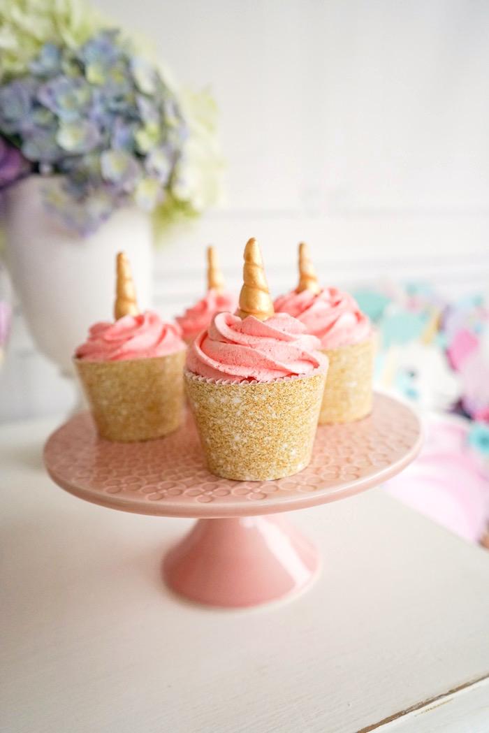 Rainbow horn unicorn cupcakes