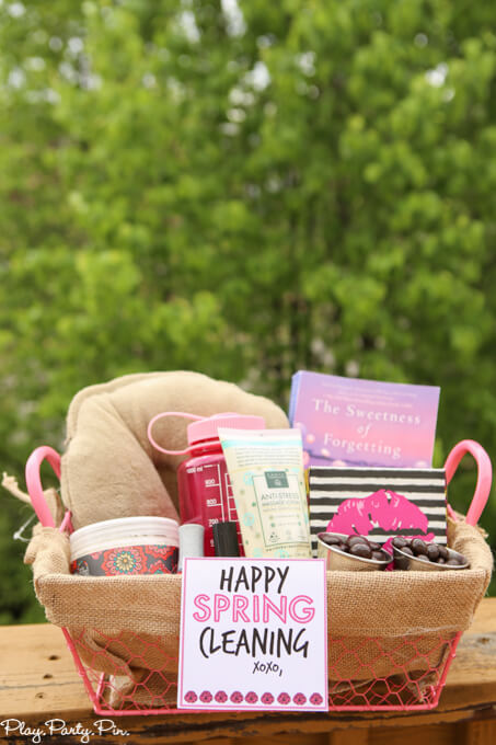 Spring cleaning basket diy