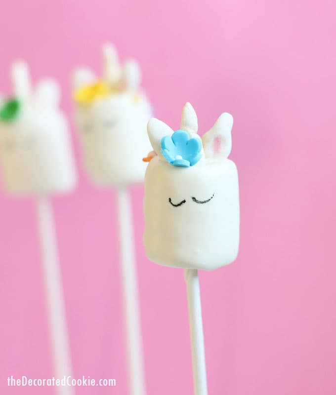 Unicorn marshmallow pops