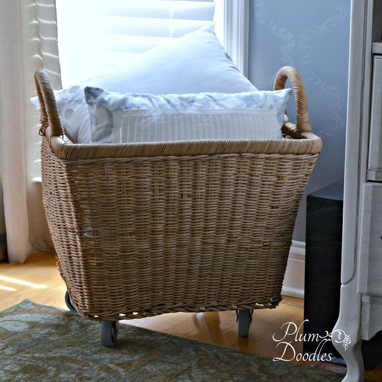 DIY Wicker Basket With Wheels