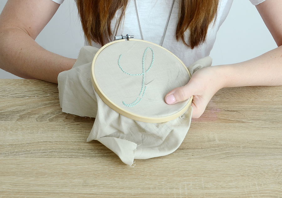 Diy embroidered quote pillow tracing