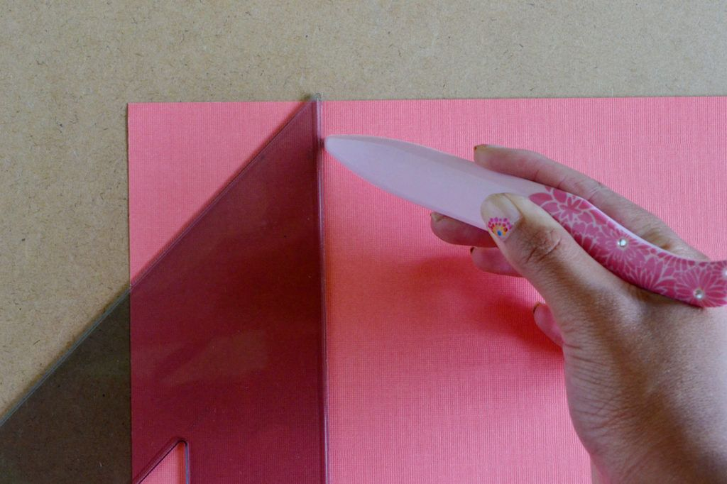 Diy scrapbook paper gift bags cutting