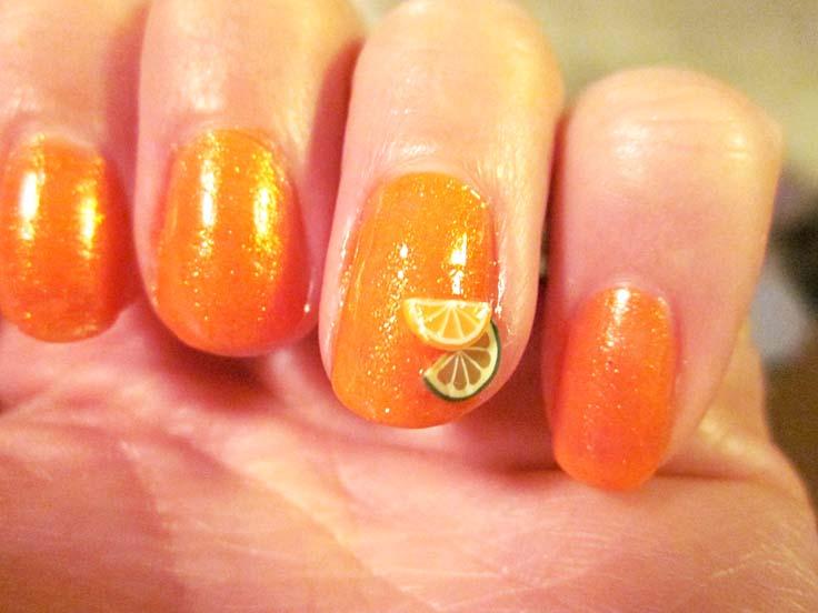 Orange fruity nails