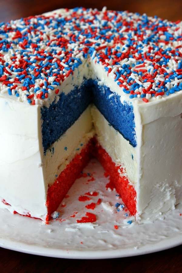 Red white and blue cheesecake cake recipe
