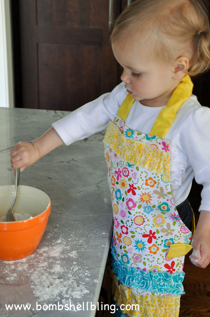 Ruffled toddler apron