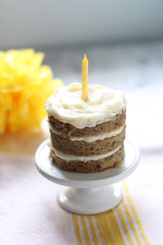 Banana pineapple smash cake