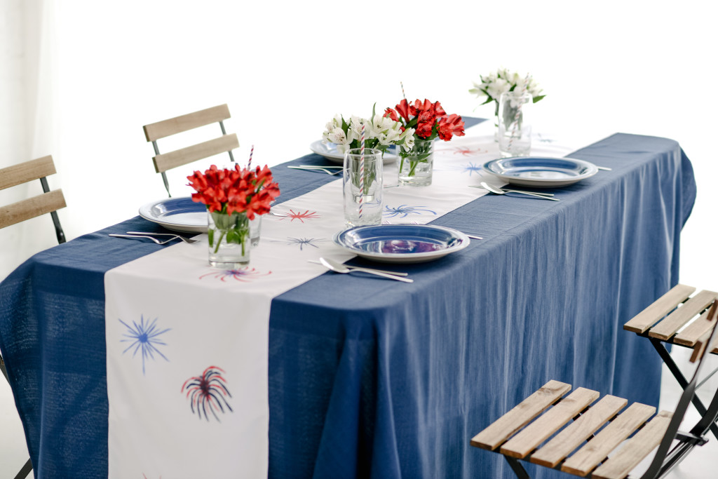 Firework table runner diy