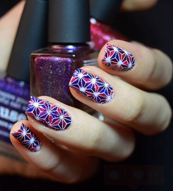 Fourth of july nail geometric