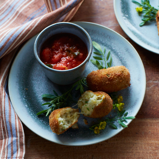 Potato and mozzarella cheese croquets viks chile fw may2013