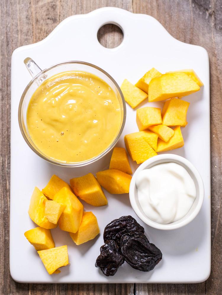 Pumpkin yougurt and prunes recipe