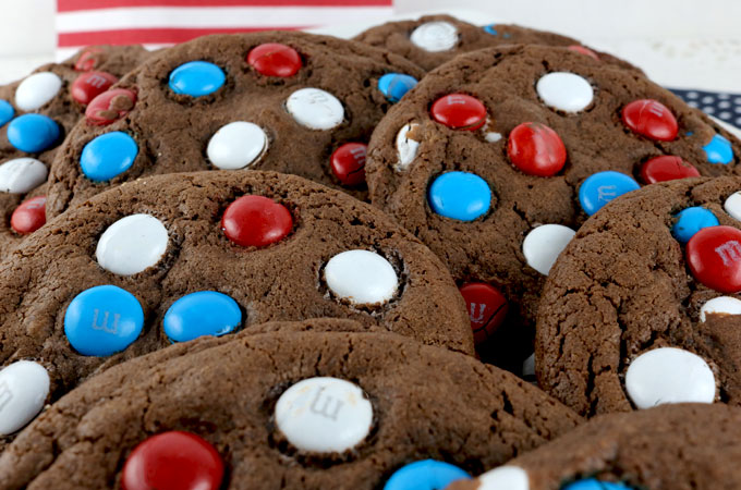 Red white and blue chocolate cookies main