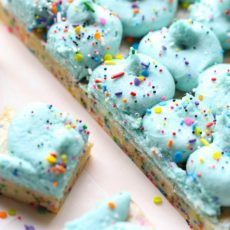 Unicorn bars blue buttercream