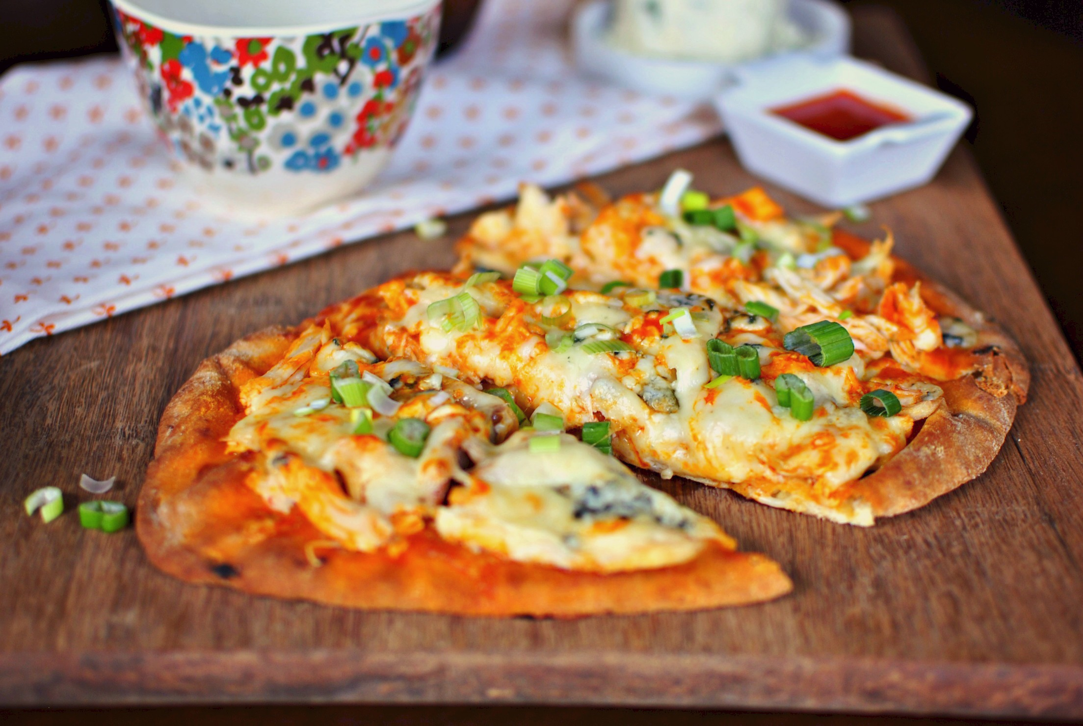 Buffalo chicken flat bread pizza