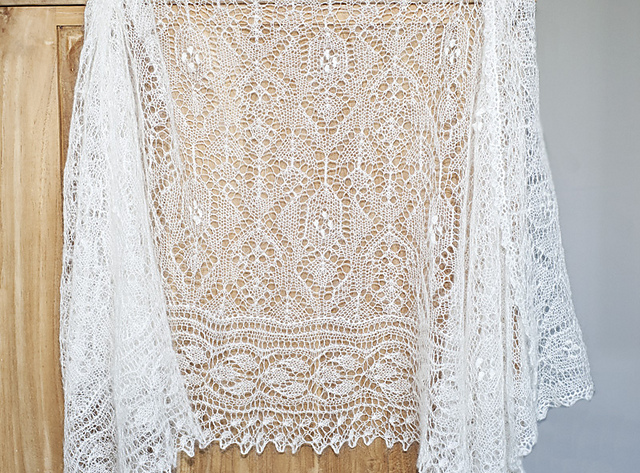 Cecilia wedding shawl