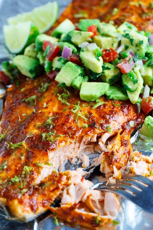 Chipotle lime salmon with avocado salsa 800 4286