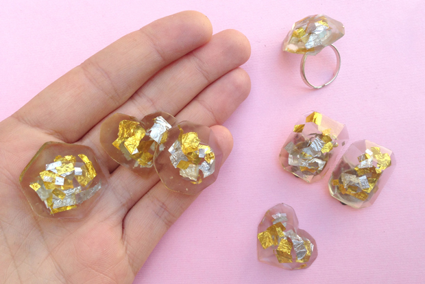 Diy confetti resin jewelry